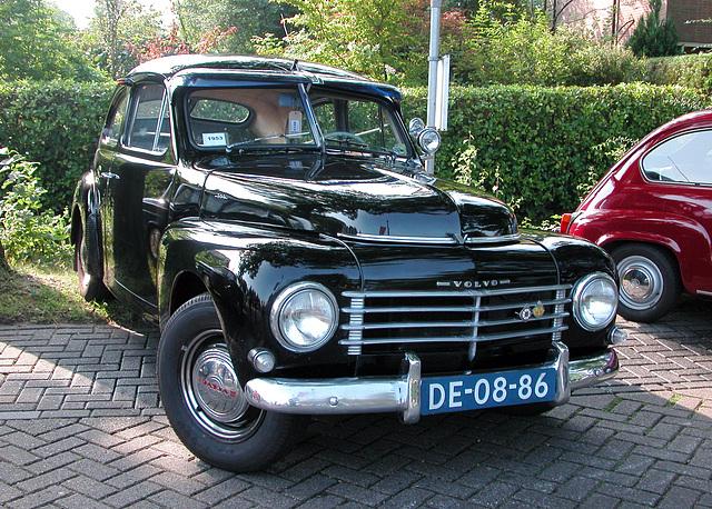 Oldtimer day in Ruinerwold (NL): 1953 Volvo PV 444 E