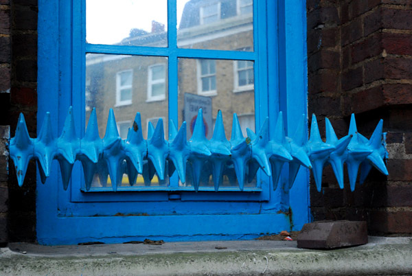 Blue spikes