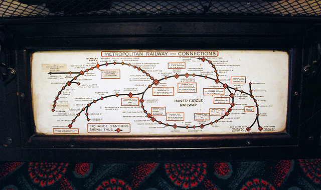 London Transport Museum: early map of the Underground