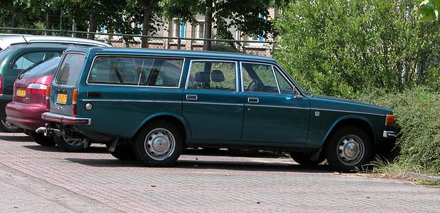 1973 Volvo 145