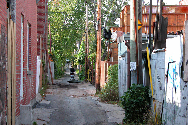 Montreal images: alley