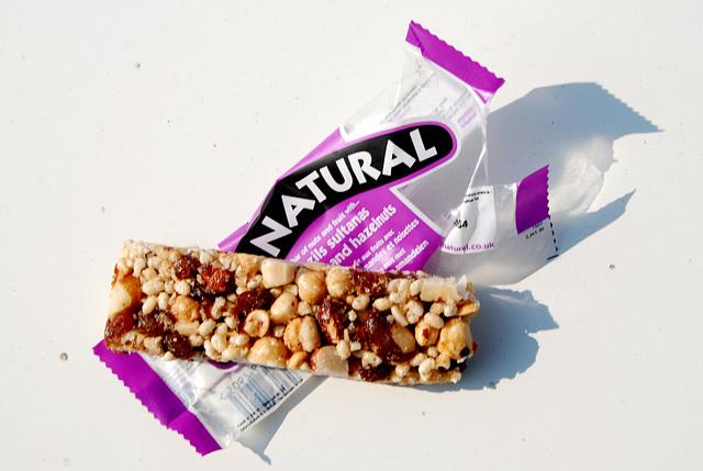 Snacks: Eat Natural nut bar