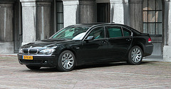 Official cars in the Hague: 2006 BMW 760 Li