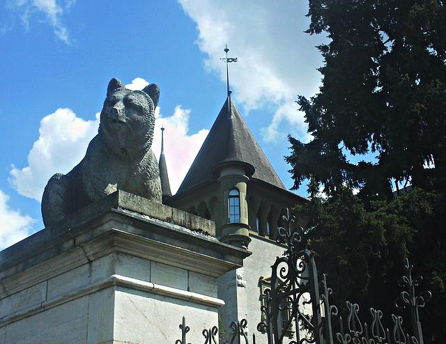 Le Chateau de la Belle et la Bete.