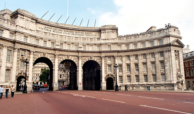 London: Admirality Arch