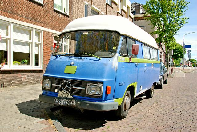 1974 Mercedes-Benz L207 Camper