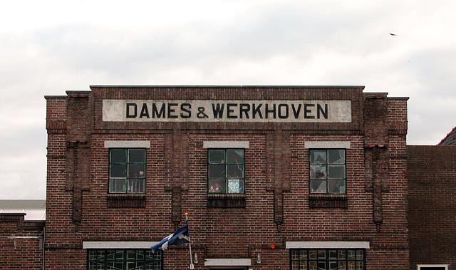 Dames & Werkhoven, now selling Scottish whisky