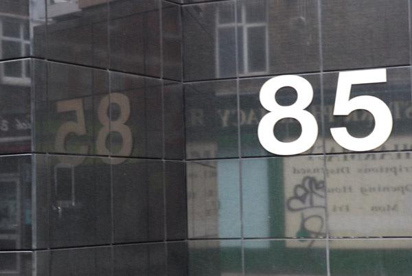 85 mirrored