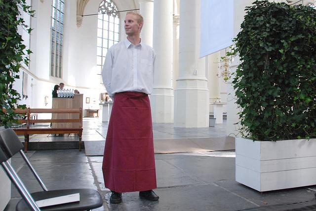 Opening of the academic year of Leiden University: waiter