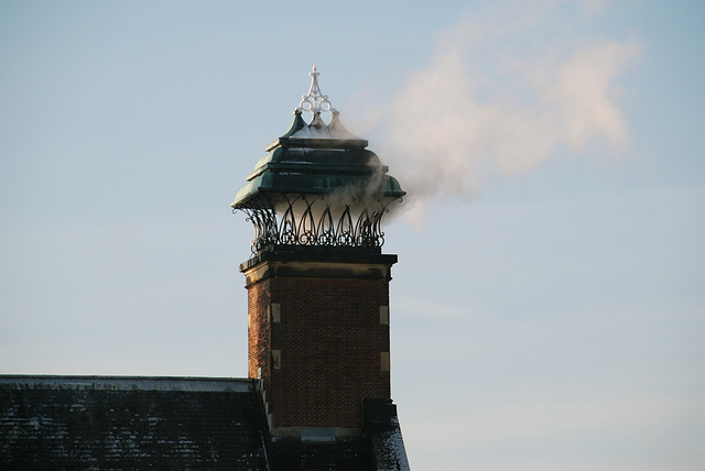 Snow and ice today: Chimney of City Hall in Leiden