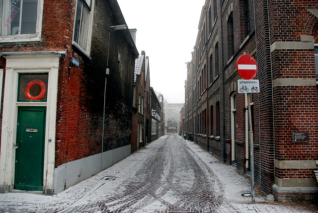 Snow and ice today: Market Alley