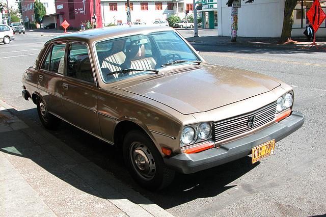 Cars of Portland: Peugeot 504
