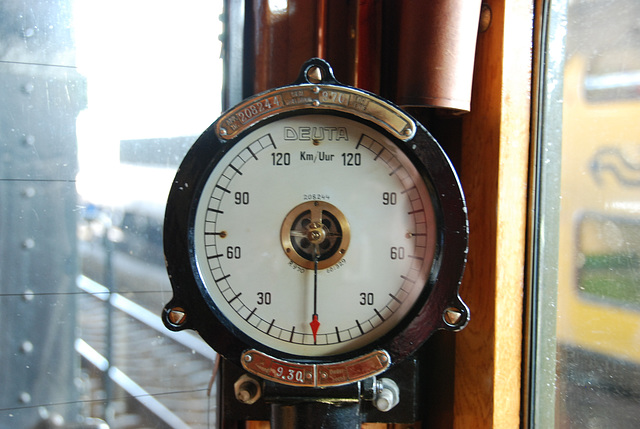 "Celebration of the centenary of Haarlem Railway Station: Speedometer of EMU C9002 ""Jaap"""