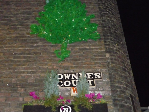 Lowndes Court W1