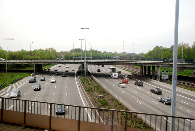 Train journey to London: Ring road of Antwerp