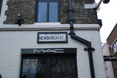 Newburgh St