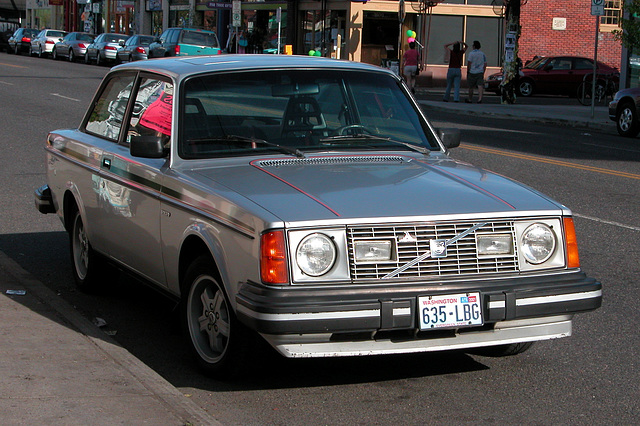 Cars of Portland: the Volvos