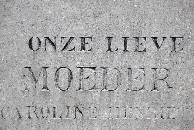 Kleverlaan Cemetery in Haarlem – Our Dear Mother