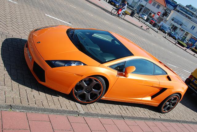 Celebration of the centenary of Haarlem Railway Station: Lamborghini Gallardo at Zandvoort