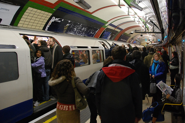 Very busy Piccadilly Line at Piccadilly Circus