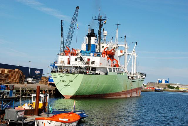 The harbour of IJmuiden: Cool Girl