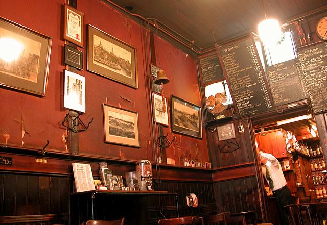 Amsterdam café interiors: Café De Pilsener Club