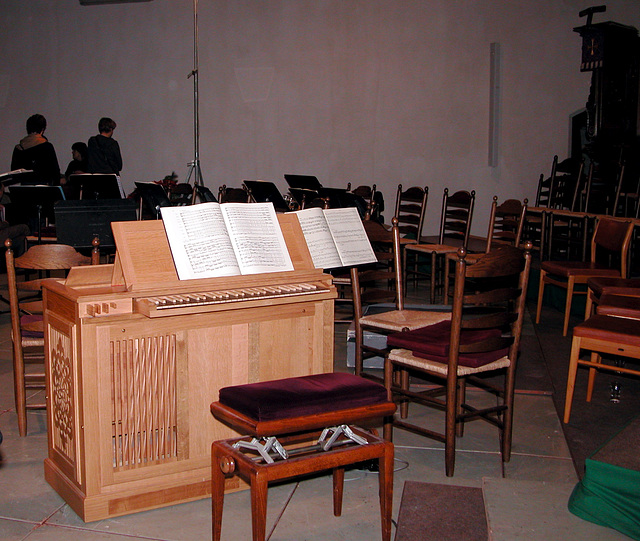 Small organ used during the Messiah