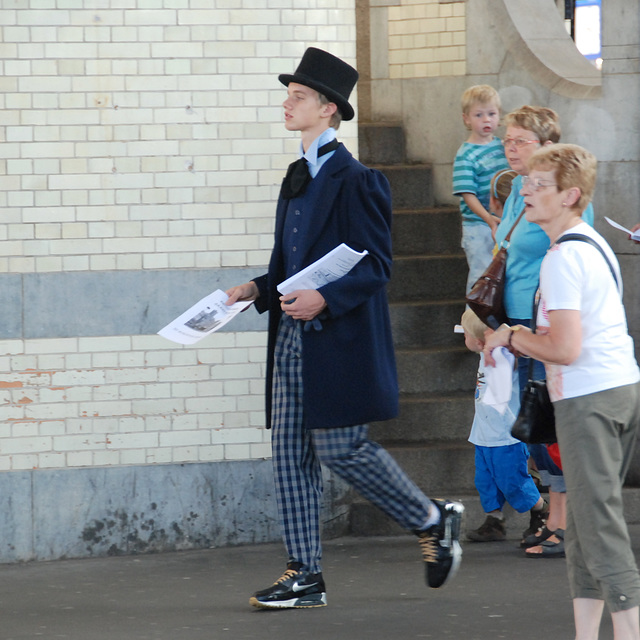 Celebration of the centenary of Haarlem Railway Station: Boy in period dress