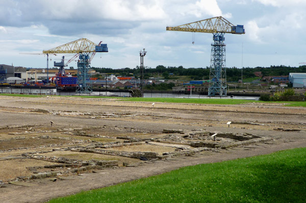 Segedunum footings with cranes