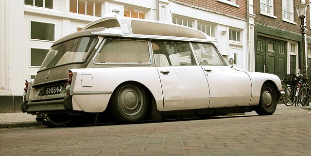 1970 Citroën DS 21 Ambulance