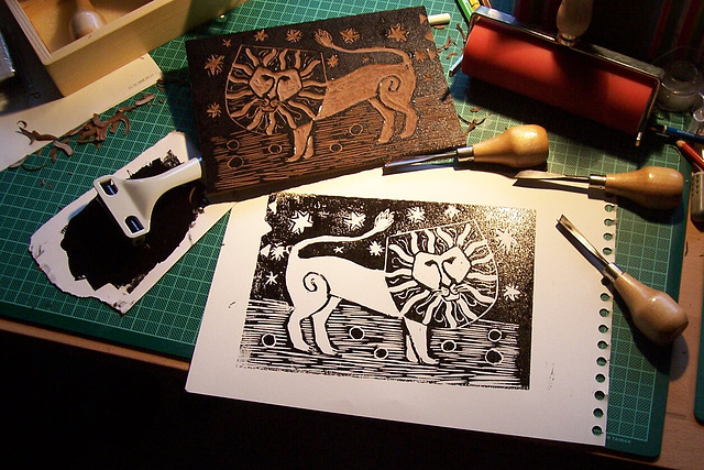 Lion Lino Cut