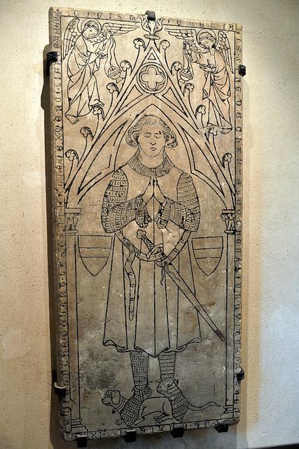 Stèle du chevalier Jean de Chanteloup - Musée d'Evreux