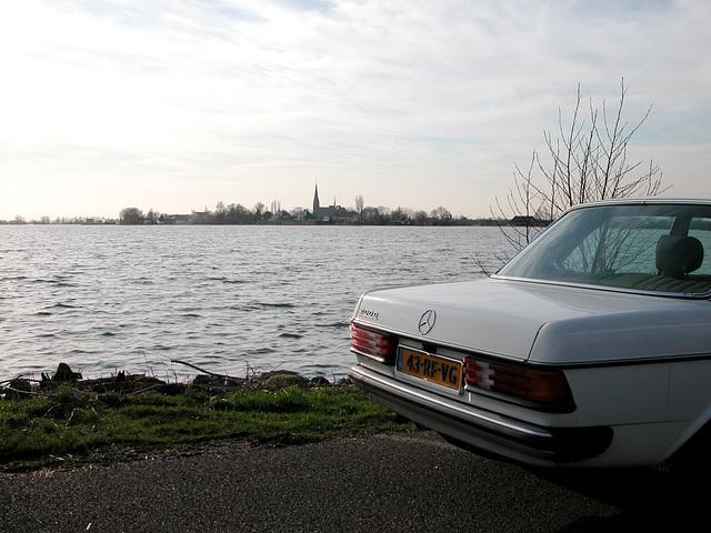 My Benz before the Langeraar Lake