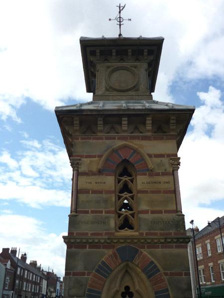 Civic monument, Tynemouth