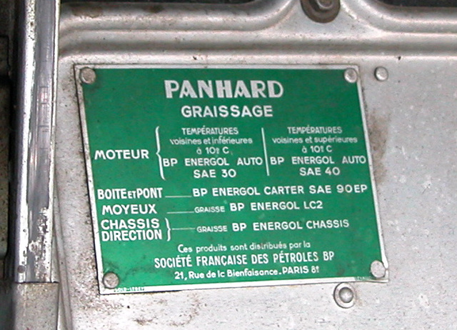 Oldtimer Day Ruinerwold: Oil advice for the Panhard