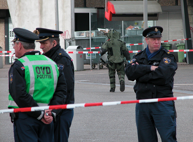 Bomb scare in Leiden: bomb squad moving in