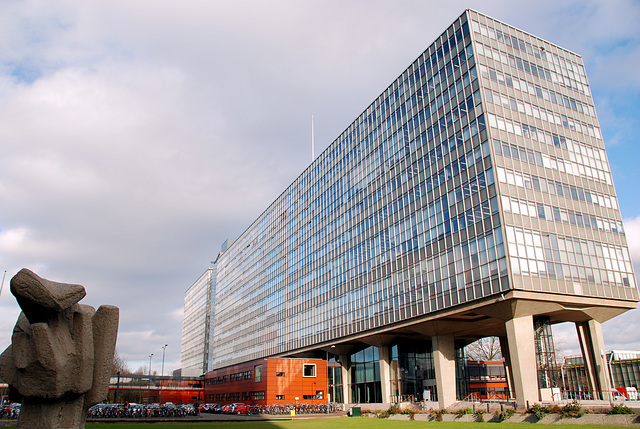 A trip to Eindhoven University: Main building of Eindhoven University