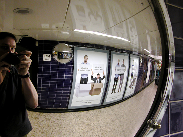 Double convex mirror at Bond Street