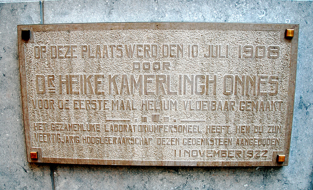 Memorial plaque for Kamerlingh Onnes