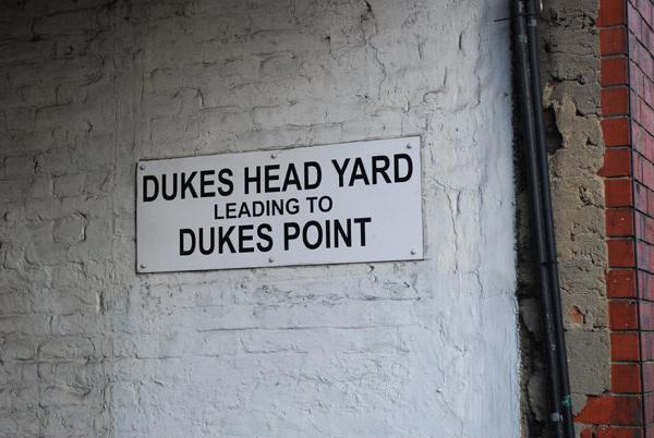 Dukes Head Yard N6