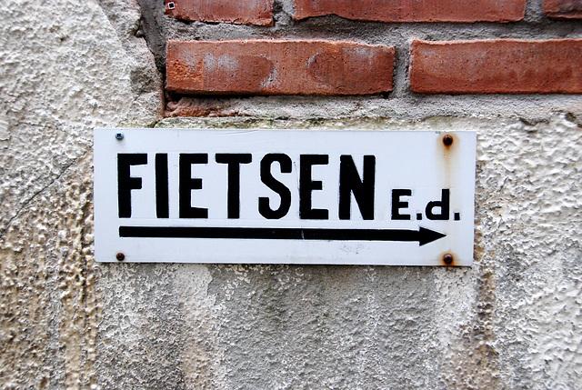 Former catholic girl school: Fietsen E.d.
