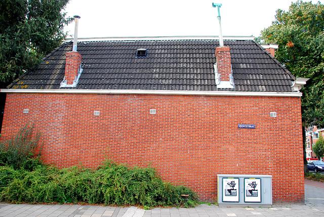 Groningen: Brick wall