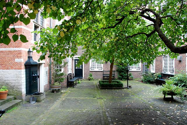 Rijnlandhuis (headquarters of the Rhineland Dyke Authority)