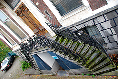 Groningen: Stairs and Mercedes