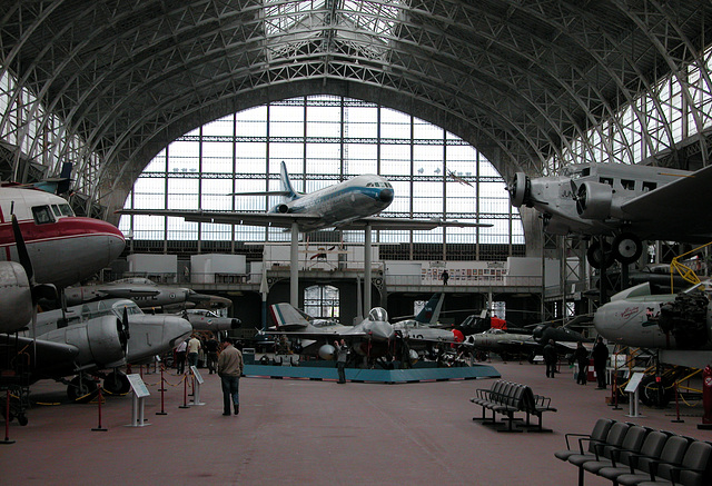 Overview of the air force hall at the army museum at Brussels