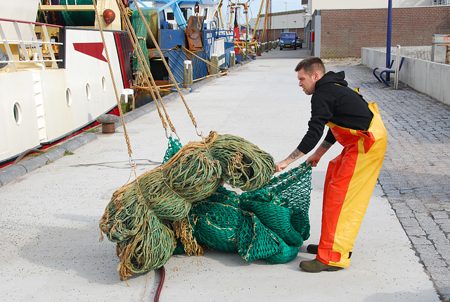 The harbour of Lauwersoog: Fisherman