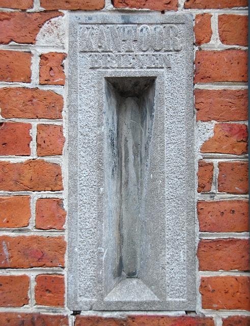 Groningen: Old letterbox