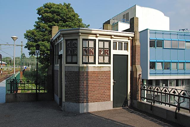 Former public convenience at Haarlem station
