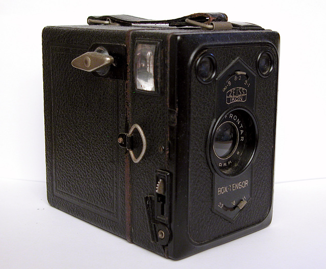 Zeiss-Ikon Box-Tengor 54/2 Camera