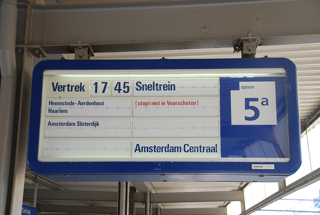 Does not stop at Voorschoten